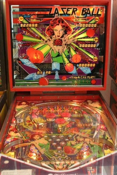 Lazer Ball, pinball de Eugene Jarvis